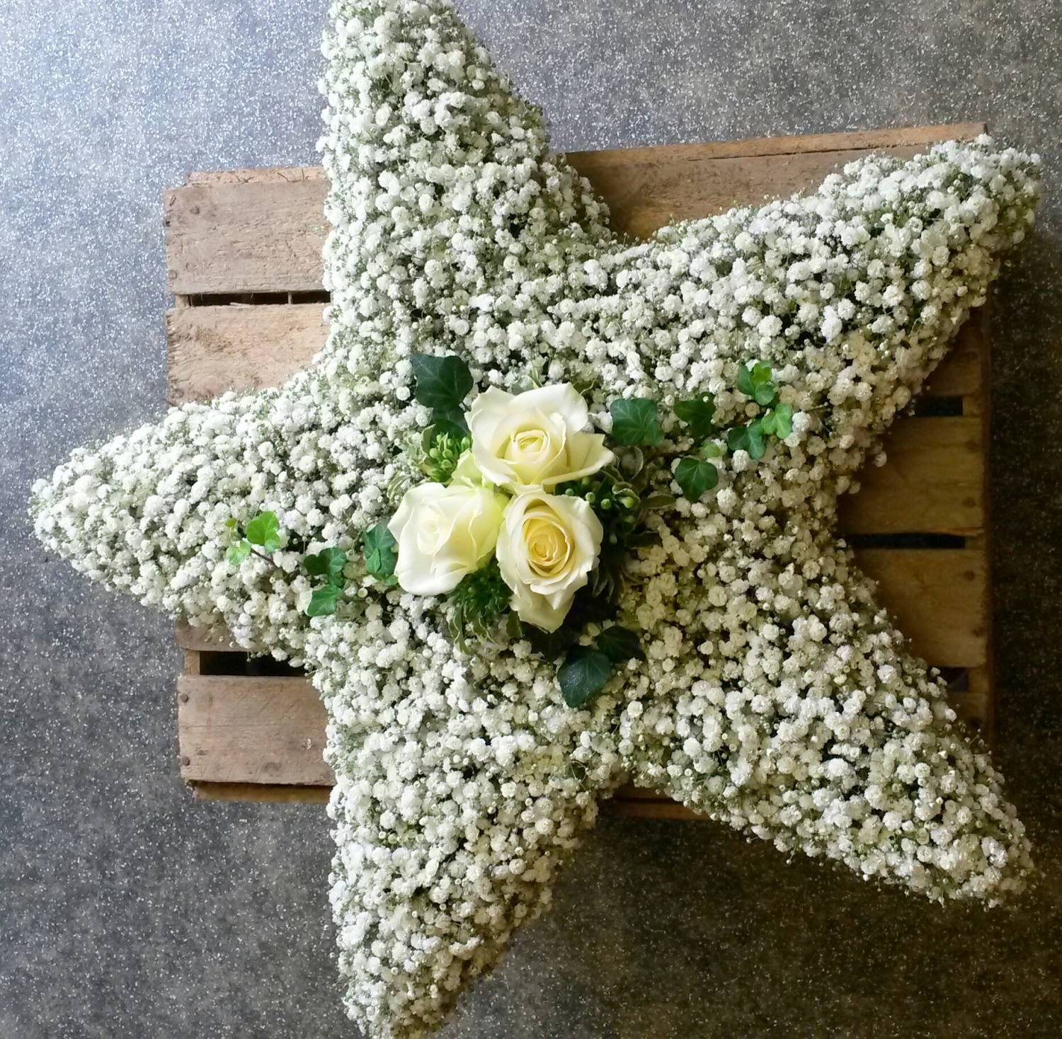 Funeral flowers fleurt in monkseaton gyp star bespoke creations izmirmasajfo Image collections